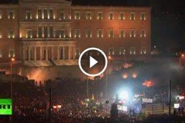 È vero : Grecia in rivolta !