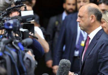 """Berlusconi deve ringraziare Renzi e Alfano : """"Con il governo realizzato gran parte del programma Pdl"""""""
