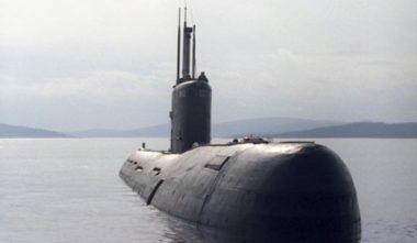 """Russia, Putin ha in servizio i sottomarini """"invisibili"""": la classe Varshavyanka è stata ultimata in sei anni"""