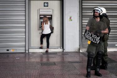 Crisi Grecia: verso il blocco dei contanti