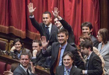 ALLA CAMERA IL M5S NON VOTA IL REDDITO MINIMO TANTO PROPAGANDATO