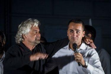 M5s Bologna : Massimo Bugani tra i 4 indagati per la raccolta delle firme