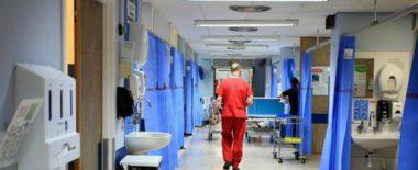 Arrestati 19 medici e imprenditori farmaceutici. Ai domiciliari Guido Fanelli, già consulente del ministero