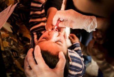 Polio: Per la prima volta il numero di paralisi causate dal virus vaccinale supera il numero causato dal polio originale.