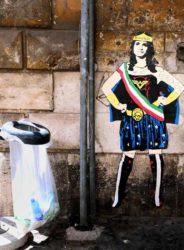 Roma, e a Ferragosto spunta il murale «Wonder Virginia»