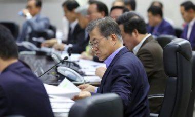 """Corea del Nord, lunedì Consiglio Sicurezza Onu. Usa: """"Massiccia reazione militare se minacciati"""""""