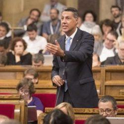Barcellona PRETENDE la libertà : la Catalogna approva con 72 voti favorevoli , 0 contrari e 11 astenuti , la legge sul referendum sull'indipendenza !