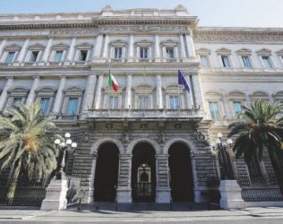 la Procura indaga sulla Banca d'Italia –