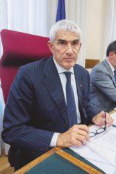 Banche, Casini scrive il regolamento dell'inchiesta tenendo fuori i 5 Stelle