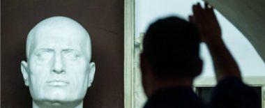 """Antifascismo, proposta Fiano approvata alla Camera. M5s: """"È pura demagogia"""""""
