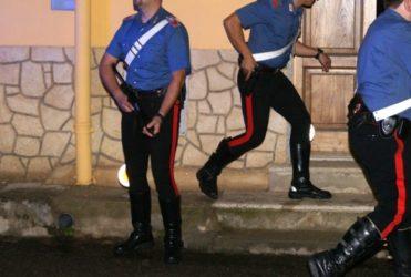 Comandante dei carabinieri arrestato per mafia, il parroco che aiutava i killer. 27 'ndrine e 10 logge massoniche.