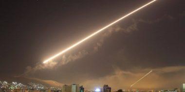 """La Cina contro gli USA: L'attacco contro la Siria """"ha violato il diritto internazionale"""""""