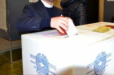 Read more about the article elezioni: crollo dei votanti , affluenza al 43%. gli italiani non votano più ?