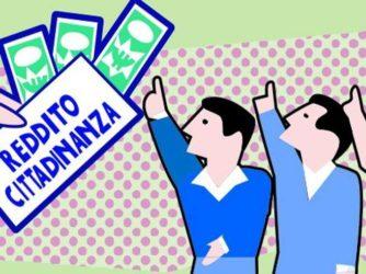 """300 """"furbetti"""" del reddito di cittadinanza: dalla casta alla lotta ai poveri"""