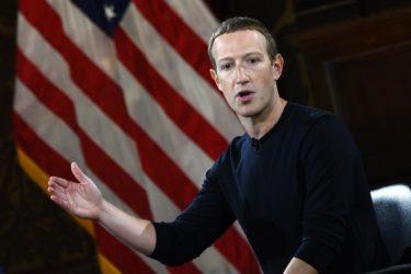 Facebook indaga sulla Casaleggio Associati