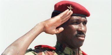 70 anni fa nasceva in Burkina Faso Thomas Sankara, il presidente rivoluzionario.
