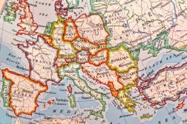 Sondaggio: favorevole o contrario a uscire dall'euro?
