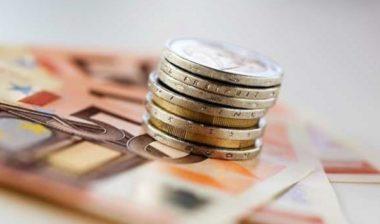 Guerra ai pagamenti in contante