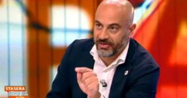 """Eroe del giorno – Gianluigi Paragone: """"… pagate in nero, io lo faccio"""""""