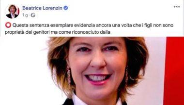 Bambino tolto alla mamma, Lorenzin esulta sui social: «Figli non sono dei genitori»