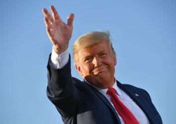 Trump: 'Barr agisca contro Biden e figlio è corruzione'