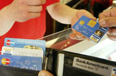 """""""Il cashback? Nel mio negozio faccio uno sconto del 20% a chi paga in contanti"""""""