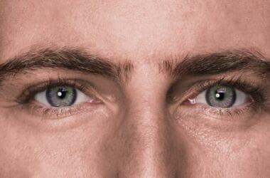 Matteo Gracis diretta Facebook – Virologi smentiti, sperimentazioni su bambini, varianti letali… 🤯