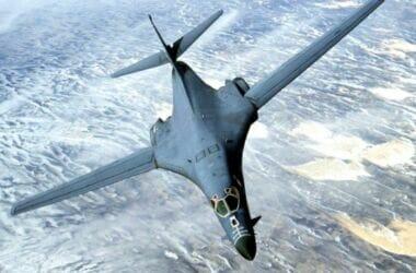 """""""Gli Usa minacciano Russia e Cina schierando bombardieri B-1 in Norvegia"""""""