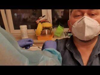 """Dottore si vaccina in diretta tv e muore dopo pochi giorni, ma """"non di Covid"""""""