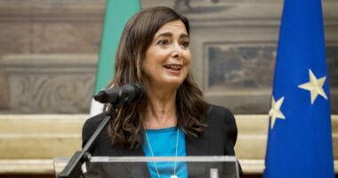 """Laura Boldrini, dipendenti """"Malpagate e maltrattate"""", siamo all assurdo"""