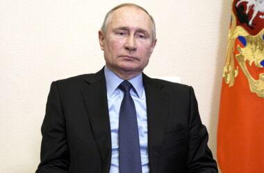 """Biden: """"Putin è un assassino"""". Russia richiama in patria ambasciatore a Washington"""