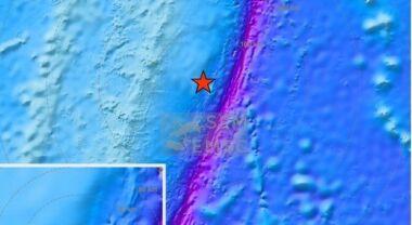 Tre Terremoti di 6.9, 7.1 e 8.1: allarme tsunami in tutto il Pacifico, gente in fuga