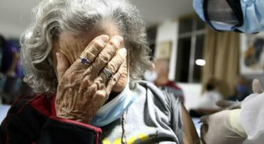 Read more about the article Over 80 no-vax: 20 mila solo nel Lazio, la vera resistenza