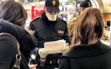 Irruzione della Polizia in cena tra non conviventi: 7 persone sanzionate