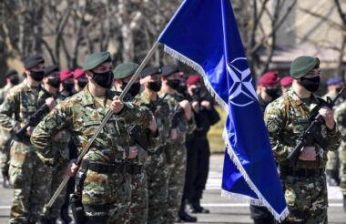 La Nato intende schierare 40.000 soldati e 15.000 mezzi militari vicino alla Russia