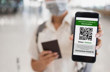 l'Europarlamento: approvato il certificato verde