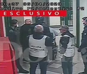 Read more about the article Video – Polizia picchia un disabile in carrozzina e massacra altri detenuti : orrore nel penitenziario di Caserta