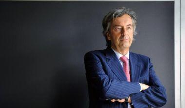 """Read more about the article Attacco agli Insegnanti: """"Non si Vaccinano? Licenziamento Immediato"""""""