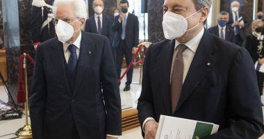 Read more about the article Mario Draghi e Sergio Mattarella: grandi manovre per averli a vita