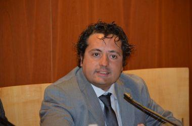 """Read more about the article Burioni, il Sindacato Gli Va Addosso: """"Si Deve Vergognare"""""""