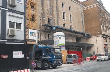 Read more about the article A Roma il governo salva i Benetton: via libera alla svendita del palazzo in centro