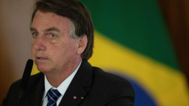 """Read more about the article Brasile, nuovo attacco al presidente : """"Bolsonaro è colpevole di omicidio di massa"""""""