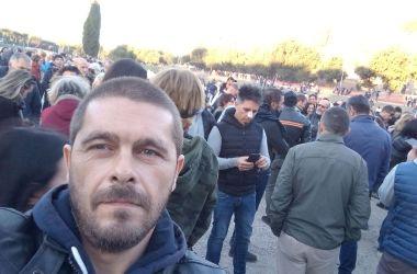 Read more about the article La Rivoluzione parte dal basso: Sostieni chi ti sostiene