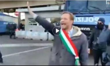 Read more about the article Scandalo dirigente polizia frontiera : doppio saluto fascista prima dello sgombero a Trieste