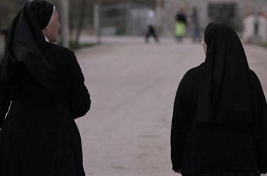 Read more about the article Abusi all'Asilo da Parte di 4 Suore: Soldi alle Mamme in Cambio del Silenzio